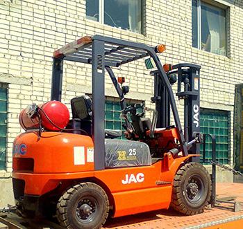 автопогрузчик JAC CPСD 25